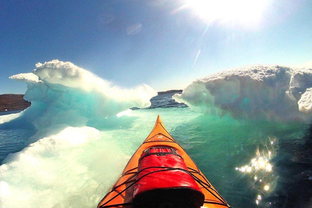 package-summer-kayak